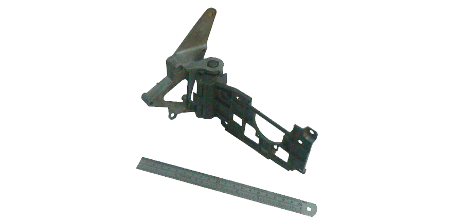 mecanismo-inyectado-en-zamak-para-retrovisor-de-automovil